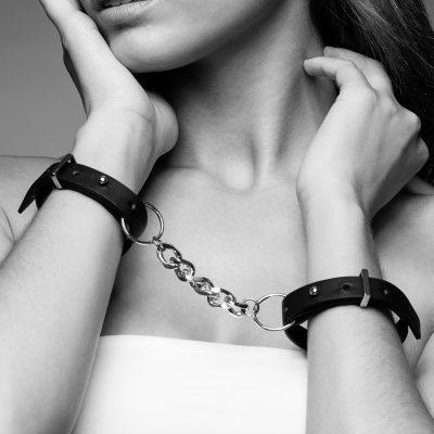 Elegancia bondage en la colección Maze de Bijoux Indiscrets